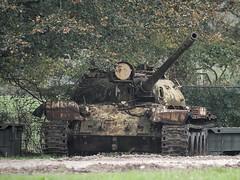 T55 wreck ,Bovington Tank Museum _tonemapped (Hammerhead27) Tags: museum army junk gun tank display military wreck russian armour turret bovington t55