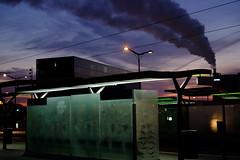 Le train (Ludovic PONZIO (ex OIZNOP)) Tags: paris fuji lumire rue heure bleue matin ludo chemine paname xpro1