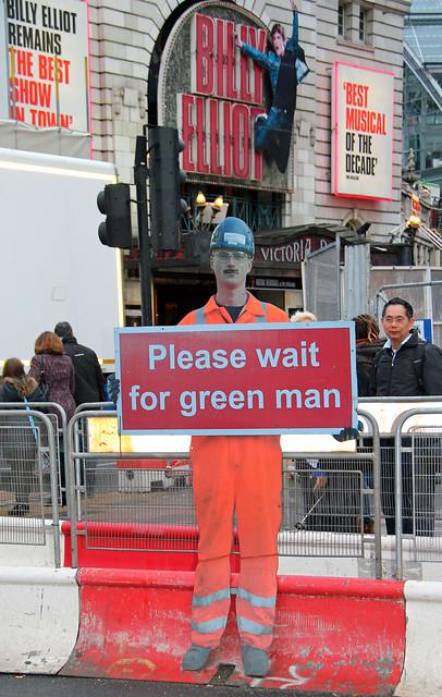 Please Wait For Green Man!
