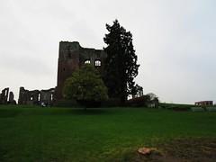 Kenilworth Castle (LookaroundAnne) Tags: uk england castle ruins britain ruin warwickshire kenilworth kenilworthcastle