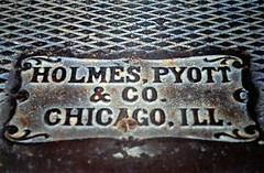 Holmes, Pyott & Co. Chicago Illinois (Cragin Spring) Tags: city urban usa chicago illinois midwest unitedstates entrance chitown il ironworks chicagoillinois chicagoil windycity forgottenchicago holmespyottcompany
