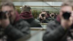 Selfie... (lichtflow.de) Tags: spiegel sony hamburg mirrors fahrstuhl unsinn selfie kontorhaus festbrennweite samyangf1485mm ilce7m2