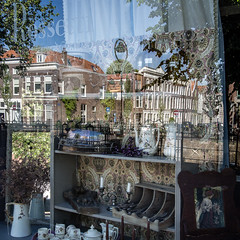 Rossetti (Peter Jaspers (off for a while)) Tags: vintage reflections square antique olympus panasonic netherland brocante omd gouda rossetti hss 2016 500x500 em10 turfmarkt hogegouwe 20mm17 lagegouwe sliderssunday turfbrug frompeterj