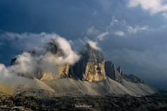 Pathos (Daniele Bisognin) Tags: blue sunset sky italy mountains alps colors clouds peaks dolomites lavaredo 3cime
