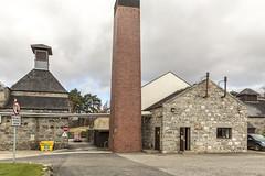 Royal Lochnagar Chimney and Pagoda (Alan-Jamieson) Tags: scotland aberdeenshire whisky balmoral singlemalt diageo riverdee royaldeeside whiskydistillery whiskyproduction royallochnagger