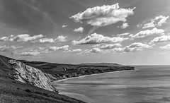 Freshwater Bay (CdL Creative) Tags: england monochrome canon geotagged eos unitedkingdom hampshire isleofwight gb hdr freshwaterbay 70d cdlcreative po39 geo:lat=506691 geo:lon=14947