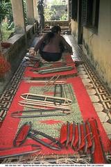 5572931 (ngao5) Tags: church out vietnamese arts skills vietnam spinning worker former textiles making weaving mats bombed hemp phatdiem timeincnotown 5572931