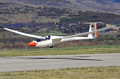 ASW20. LECD (Josep Oll) Tags: foto contest das glider campeonato alp planeador spotting airfield velero sailplane despegue spotter aerdromo lecd remolcando qsgp1804