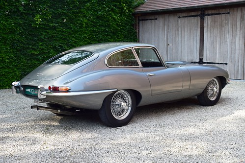 Another great car has arrived : stunning Jaguar E-Type Series 1 4,2 Litre FHC (1965).