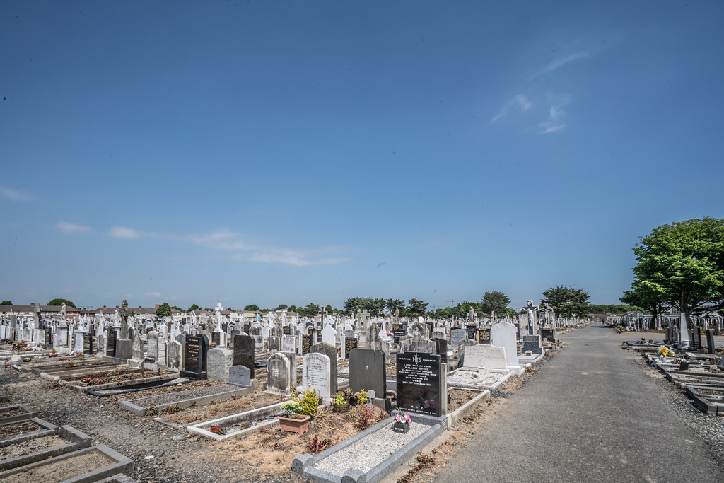 MOUNT JEROME CEMETERY AND CREMATORIUM IN HAROLD'S CROSS [SONY A7RM2 WITH VOIGTLANDER 15mm LENS]-117124