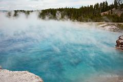 DSD_1501 (pezlud) Tags: yellowstone nationalpark landscape geyserbasin grandprismaticspring midwaygeyserbasin geyser park