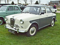97 Wolseley 1500 Mk.II (1959) (robertknight16) Tags: 1950s british 1500 bmc wolseley alrewas 332uxc