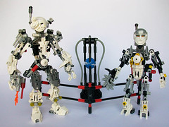 Starship Engineers (See Music) Tags: trek star bionicle engineers mocs