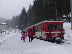 RD279.  SNCF train at Le Chtelard-Frontire. (Ron Fisher) Tags: snow schweiz switzerland suisse rail railway thealps ch narrowgauge dieschweiz lasuisse schmalspurbahn montblancexpress metregauge voieetroite lechtelardfrontire