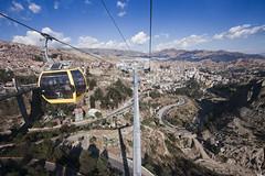 Telefrico La Paz - Bolivia (Roberto Dick) Tags: city railway bolivia ciudad cable seven lapaz wonders cableway maravillas telefrico maravillosa