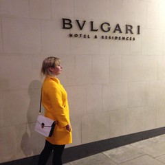 In this Bvlgari building in Knightsbridge a russian investor bought the top floor for 100 mill pounds.