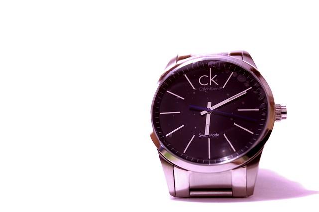 marketing klein watch calvin mercado reloj alta producto clave