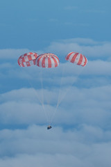 Orion returns to Earth after a succesful flight