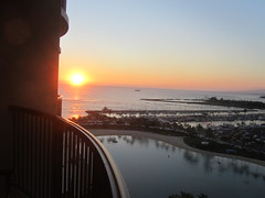 Corner Room view, other balcony faces the resort and parking lots (dennis_p) Tags: sunset oceanview lagoonview hiltonhawaiianvillage rainbowtower cornerroom oceanviewbalcony r1726 room1726 noisyfromtheluau roomr1726
