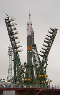 Soyuz_TMA-21_spacecraft_is_lifted_into_position_on_the_launch_pad