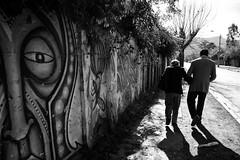 Santiago de Chile (Alejandro Bonilla) Tags: street santiago urban blackandwhite bw blancoynegro monocromo sam sony streetphotography bn urbana urbano santiagodechile urbe urbex santiagochile monocromatico reginmetropolitana santiaguinos sonya290
