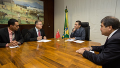 Ministro Marcos Pereira recebe embaixador da Turquia no Brasil - 16/06/2016 (mdic.gov.br) Tags: brasil grupo marcos turquia embaixador csar pereira deputado ministro prb rabes parlamentar mdic halum brasilpases