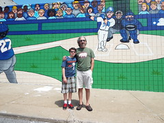 DSCF7806 (dishfunctional) Tags: city mural missouri kansas royals