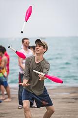 DI3I3432 (SauceyJack) Tags: chicago beach june illinois saturday il juggling juggle juggler oakstreetbeach lrcc 7020028isiil sauceyjack lightroomcc canon1dxmarkii canon1dxmark2 oakstreetbeachjugglers