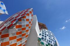 Fondation Louis Vuitton @ Paris (*_*) Tags: city morning summer paris france building architecture frank louis europe sunday july sunny gehry foundation vuitton fondation 2016