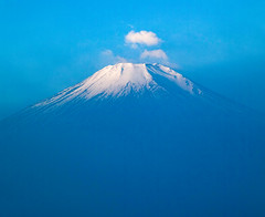 Fuji in Blue (shinichiro*_back) Tags: 20160107sdim0786 2016 crazyshin sigmasd1merrill sd1m sigma1770mmf284dcmacrohsm fuji lakeyamanaka yamanashi japan january winter frost