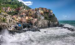 Manarola, Cinque Terre (Daniel Poon 2012) Tags: manarola liguria italy nationalgeographic simplysuperb nikonflickraward blinkagain blinkstomyeyes musictomyeyes hdr cinqueterre bydanielpoon danielpoonca