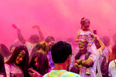 La vie en rose (Frdric Loward) Tags: rose fun groupofpeople people loward pink celebration family explosion lima daughter father colourful color peru thecolorrun run runner