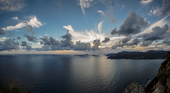 4/3 made (Altreize2) Tags: ciel nuages falaises calanques cassis clouds cliff sea coth marseille coth5