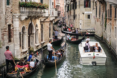 Rush Hour in Venice (Andy Mac 2010) Tags: venice rushhour jam gondola