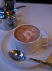 Hot Chocolate (Long Sleeper) Tags: drink cafe iwatacoffeehouse  cocoa hotchocolate cup saucer spoon komachi kamakura kanagawa japan dmcgx1