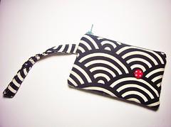 P1340328a id1330428 (almondtree.etsy) Tags: stitch handmade sewing storage fabric purse markers wristlet zippurse cardpurse lanyardpurse
