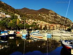 Predore  (3) (IVAN 63) Tags: italien italy lake lago see landscapes meer italia lac beaches lombardia spiagge diseo iseo  lahe lagodiseo   iseolake