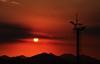 voltando prá casa (Ruby Ferreira ®) Tags: sunset silhouettes hills pôrdosol naestrada ontheroad montanhas silhuetas riodejaneirorj notreatment cellularantenna brasilemimagens
