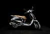 Motorcycle using one speedlight