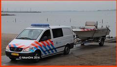 Dutch Police MB Vito HGL with Speedboat. (NikonDirk) Tags: holland netherlands dutch mercedes benz foto cops speedboat nederland police haaglanden cop thehague vito politie hgl hulpverlening nikondirk 34bzgg ys0253