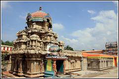 4783 - Saptha Sthana Sthalangal Series 07 (chandrasekaran a) Tags: flowers india heritage fruits architecture temple rice culture traditions temples jewels hinduism tamilnadu ghee gopurams thiruvaiyaru arulmigu kandiyur sundarar  thevaram sotruthurai  aiyarappan panchanatheeswarar poonthuruthi sapthasthanasthalangal vedikudi  vedicpandits sevensacredtemples thiruvaiyarutemple neithanam pazhanam