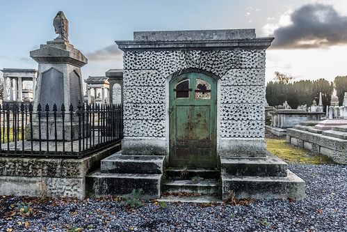 Mount Jerome Cemetery & Crematorium is situated in Harold's Cross Ref-100476