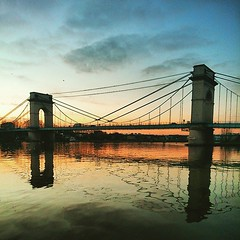 Promenade au bord de la Seine #Alfortville #reflection (Samyra Serin) Tags: bridge reflection seine river sony promenade pont fleuve 2015 alfortville phoneography pontduportlanglais xperia instagram ifttt samyraserin samyra008