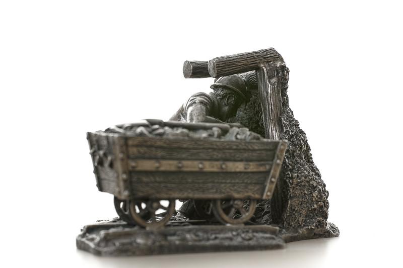 Miner Digging 2 - Marg McIiwan (3)