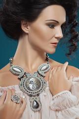 IMG_7981_3 (jullery) Tags: girls woman girl fashion female femme jewelry jewellery fashionable fashionjewelry jewelrydesign japanesebeads jullery fashionblogger yulialogvinova