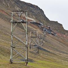 002 Day 1 Svalbard (brads-photography) Tags: abandoned svalbard machinery disused derelict spitsbergen coalmine funicular longyearbyen coalmining mineworkings mine2b 193768 julenissrgruva newmine2 santaclausemine