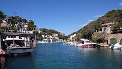 CALA FIGUERA - THE BAY (Punxsutawneyphil) Tags: vacation espaa holiday tourism water boats island bay spain holidays meer wasser europa europe mediterranean south urlaub boote insel mallorca spanien tourismus majorca baleares balearen southerneurope balearicislands calafiguera mittelmeer sdeuropa