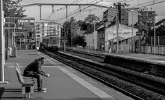 Arcueil - Cachan (Nikan Likan) Tags: street white black field station train vintage subway lens photography 50mm prime gate track metro mount german m42 manual depth f28 schneider | xenar arcueil 2016 edixa cachan kreuznarch