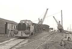 Lafarge No.3 (Lost-Albion) Tags: industry pentax 1977 essex sentinel westthurrock lafargealluminuscement rr1024966
