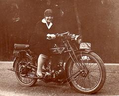 """Gillet """"Tour du Monde"""" 350 cc 1927 (Alkiyan) Tags: woman belgium 350 motorcycle biker 1927 gillet herstal"""